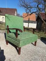 Kuriózum! Antik fotelágy mely kényelmes széles fotel is akár szállítással