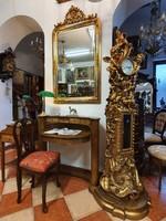 Barokk stílusú aranyozott puttó angyal szobros  állóóra