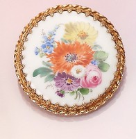 Meisseni porcelán arany bross