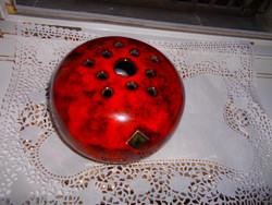 Ikebana váza-gömb alak-  vörős fényes máz Iparművészeti papírtikett