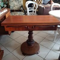 Antik angol játékasztal