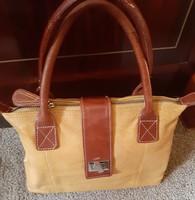 Különleges színvilág, női bőr táska!