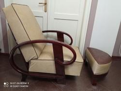 Ritka, hajlított vázú art deco pihenő, olvasó fotel, lábtartóval