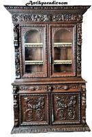 A274 Antik,dúsan faragott reneszánsz stílusú tálaló, vagy könyves szekrény