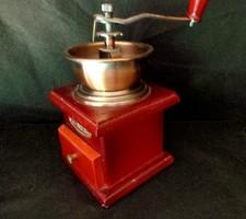 Fa tekerős fiókos kávédaráló