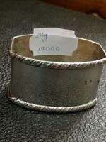 Ezüst szalvétagyűrű  ovális  forma. 800 - ás finomság.