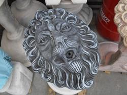 Antracit szürke Oroszlán fej vízköpő falikút vagy csobogó fali kút  kő szobor