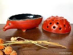 Iparművészeti retro Tófej süni alakú kerámia ikebana váza, ikebana tál, virágtál   23 cm