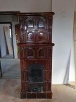 Elado barna cserépkalyha szép állapotban,építésre bontva.