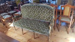 Renesans stílusú kanapé