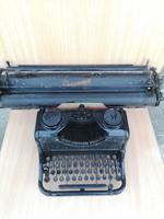 Nagy kocsis Rheinmetall írógép