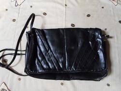 Retro fekete retikül, női táska