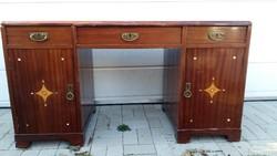 XIX. század végi szecessziós íróasztal,