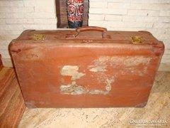 Kindelbruck koffer bőrönd