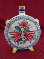 Csehszlovák porcelán, népi motívumú kulacs, magassága 17 cm.