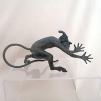 Maga az ördög :) öntöttvas figura