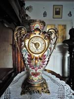 Nagyméretű Zsolnay váza + óra 1870-es évek