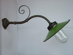 Antik kültéri lámpa