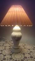 Kis porcelán éjjeli lámpa