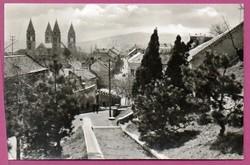 C - - - 067  Magyar tájak-városok: Pécs - utca részlet