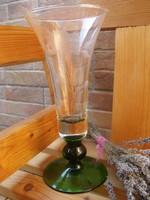 Metszett üveg váza