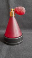 Pumpás parfümszóró üveg
