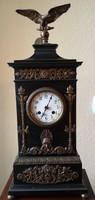 Antik kandalló óra bronz berakással, számozott darab, 1900-as évekből
