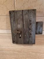 Biedermeier korabeli ajtó vagy pince zár..21 x 15 cm.