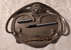 Oroszlànos eredeti kínáló tolltartó Szecessziós.( Real Bronce Geschütz ) íróasztal dísz