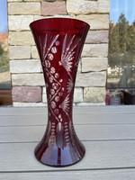 Bordó-fehér ólomkristály váza