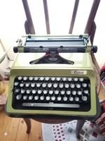 Nagyon ritka 00 szériás írógép