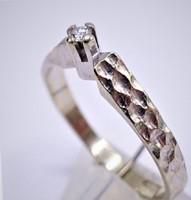 0.03ct Brillel fehér arany gyűrű .Skandináv