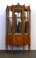1D863 Antik réz veretes tükrös topolyan gyökér furnérozott teli üveges vitrin 193 cm
