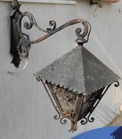 Gyönyörű falilàmpa,kovàcsolt vas mutatós darab, nagyméretű falikar
