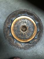 Eladó bronz, napszimbólumos fali dísztál - M402