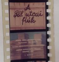 A Pálucai fiúk diafilm 1957 színes Agfa filmre készült, perforácionál két helyen sérült utolsó képek