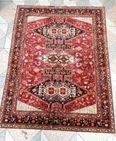 Úgynevezett Selyem  mokett, asztal terítő, ágytakaró, falvédő,fali szőnyeg.Teritőnek150 X 200