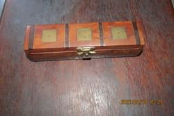 Régi fa kockapóker