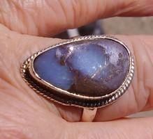 925 ezüst gyűrű 19,9,/62,5 mm boulder opállal Autráliából