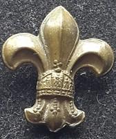 Cserkész jelvény koronás, szép jó kidolgozású,rövid kabáthajtűs!, bronz, magas.:25mm,széles.: 22mm,