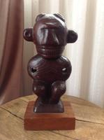 Régi Kubai fából faragott szobor
