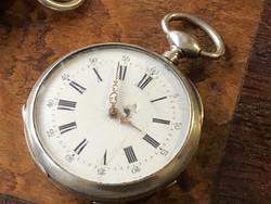 Kulcsos ezüst zsebóra 41 mm