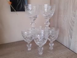 Kristály pohár hat személyes boros.