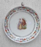 2 db Altwien jelzés ,tàl tànyér figuràlis barokk stílusú jelenettel!Falon gyüjtemény, dekorációnak