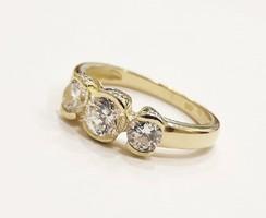 Köves arany gyűrű (K-Au95203)