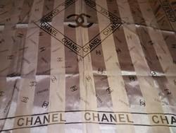CHANEL CC mintás ezüst selyem kendő nagy méretű új