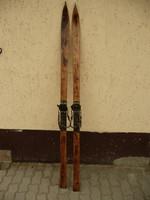 Antik, szép állapotú fa síléc, az eredeti kötéssel falidísznek az 1930-as évekből