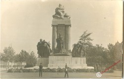 Gróf Tisza István emlékműve Kossuth tér 1934-1945