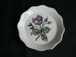 Aquincumi porcelán mini rózsás tálka