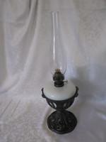 Rég asztali petróleum lámpai áttört öntöttvas talppal